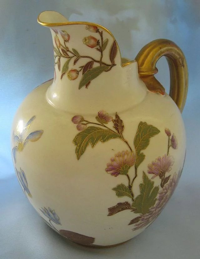 Beautiful Antique Royal Worcester Handpainted Floral