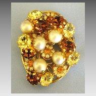 Vintage Rootbeer Rhinestone Flower Simulated Pearl Trembler Brooch