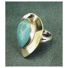 Attractive Vintage Modernist Turquoise Sterling Silver Ring- Size 7 1/2