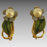Sweet Signed Krementz Cultured Pearl Enamel Flower Earrings