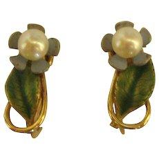 Sweet Signed Krementz Cultured Pearl Enamel Flower Earrings