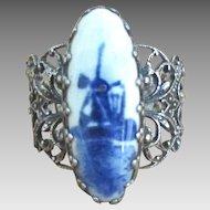 Vintage Dutch Delft Porcelain Filigree Ring