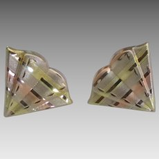 Lovely Fan Shape 14K Pierced Earrings