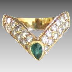 Stunning 18K Diamond with Tsavorite Green Garnet Ring- Size 6