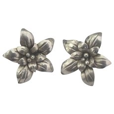 Lovely Taxco Sterling Flower Pierced Earrings - Red Tag Sale Item