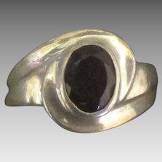 Vintage Sterling Garnet Gemstone Ring- Size 6 1/2
