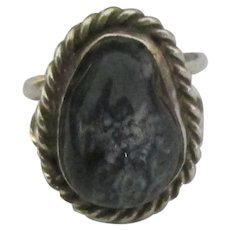 Vintage Navajo Sterling Deep Blue Agate Ring