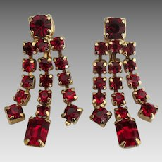 Beautiful Vintage Weiss Red Rhinestone Dangle Earrings