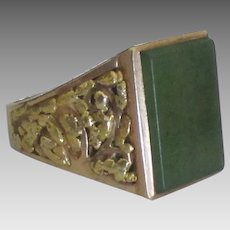 Handsome Vintage 10K Jade Mens Ring- 10 1/4
