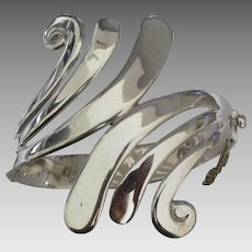 Beautiful Vintage Taxco Swirled Hinged Bracelet- 90 Grams!