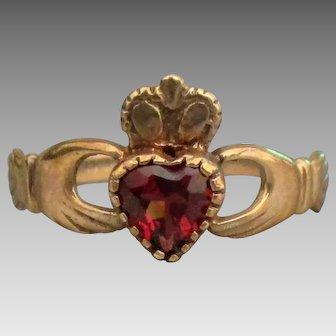 Vintage 9K Garnet Irish Claddagh Ring- Size 8 1/4