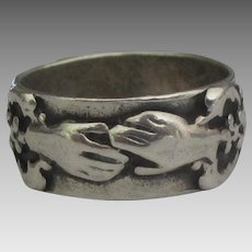 Vintage Sterling Friendship Hands Ring- Size 6 1/2