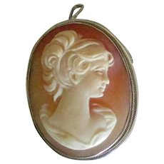 Beautiful 800 Silver Carved Shell Cameo Brooch Pendant