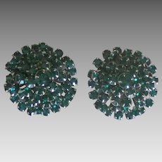 Beautiful Weiss Large Emerald Green Rhinestone Earrings