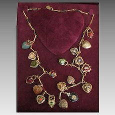 Beautiful Joan Rivers 19 Charms Hearts & Flowers Necklace with Box