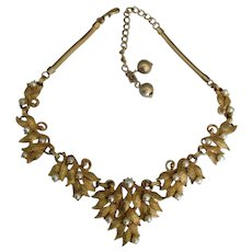 Vintage Signed Hobe Gold Tone Leaves Faux Pearls Necklace