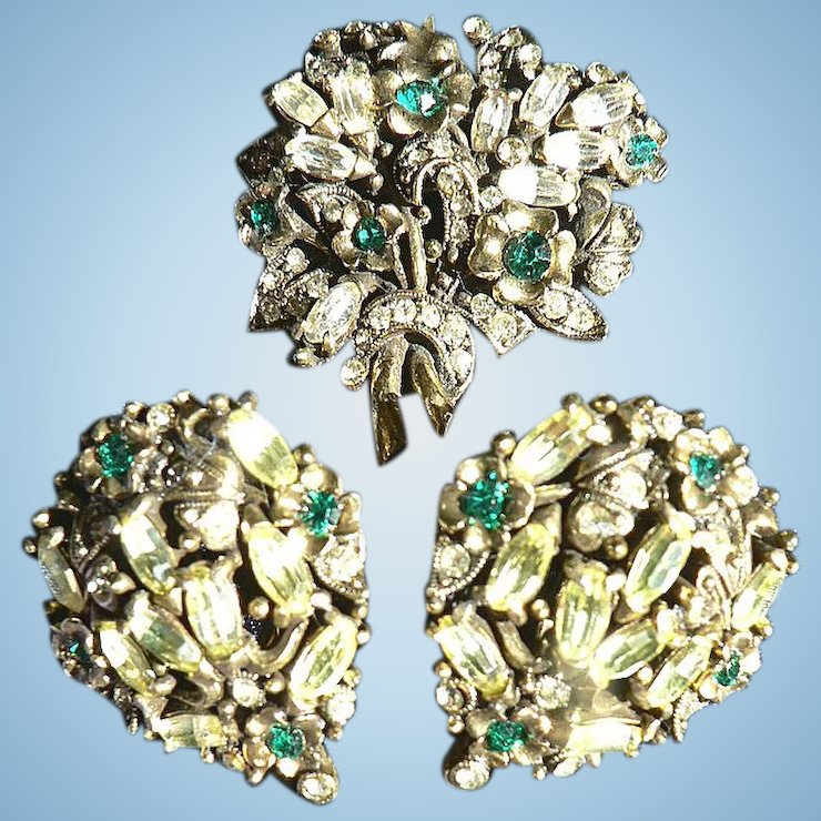 Rare Signed 1950 Holly Craft Brooch Earring Set Green Citrine Rhinestones