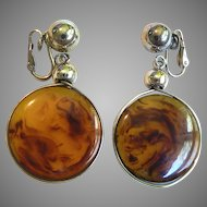 Fabulous Vintage Crown Trifari Rootbeer Swirl Bakelite Dangle Disk Earrings!