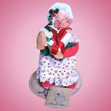 1989 Annalee Christmas Doll Mrs. Santa Claus