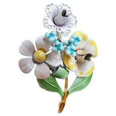 1960s Vintage Enameled Flower Bouquet Pin