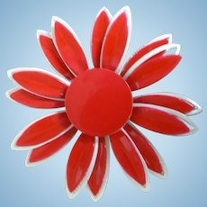 1960's Vintage 5 Layer Red / White Flower Power Enamel Pin
