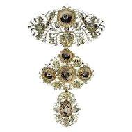 Early 19th century gold diamond pendant called a la jeanette