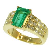 Kutchinsky 2.33 Carat Natural Emerald and Diamond 18 Karat Yellow Gold Ring