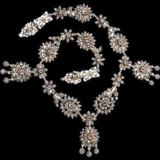 A Superb Antique Victorian Diamond 18 Karat Rose Gold Necklace, 1850s