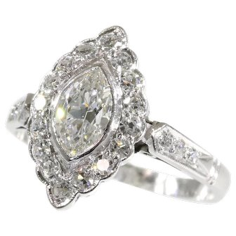 Vintage Fifties platinum engagement ring with diamonds