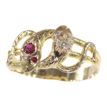 Late Victorian 18 Karat Rose Gold Snake Serpent Ring Set with Diamonds and Rubies, 1900s