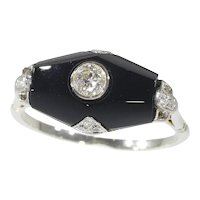 Art Deco Diamond and Onyx 18 Karat White Gold Engagement Ring, 1930s - FREE Resizing*