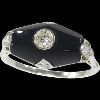 Art Deco Diamond and Onyx 18 Karat White Gold Engagement Ring, 1930s - FREE Resizing*