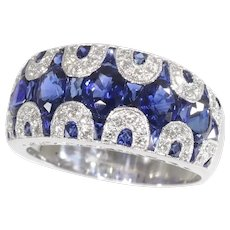 Vintage High Quality 1970's Ring with Diamonds and Sapphire - Great Model!