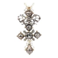 High Quality 18 Karat Gold and Silver Baroque Diamond Cross, 1700s