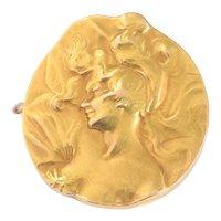 Strong Stylistic Art Nouveau 18 Karat Yellow Gold Brooch, 1900s
