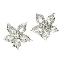 White Gold Flower Clip On Earrings Loaded '3.50 Carat' Diamonds, 1960s               (ref. 17164-0121)