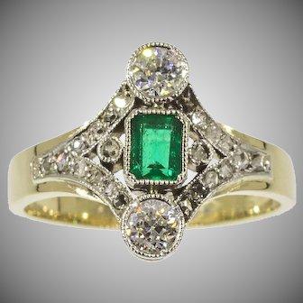 Antique diamond emerald engagement ring 14K yellow gold
