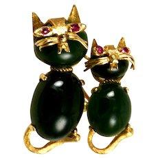 Jade and 14K Gold Cat Brooch Vintage