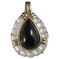 Vintage Estate 1960's Black Onyx Mother of Pearl Pendant 14K