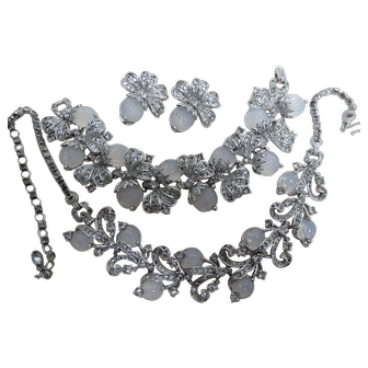 1950s Pennino Parure Melon Moonstone Glass & Clear Rhinestones Necklace Bracelet Earrings