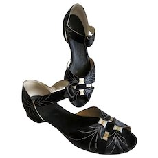 The Best 1920s Lady's Shoes Ever! Flats!