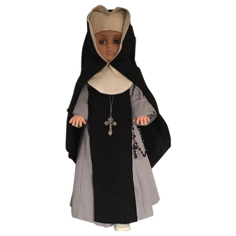 Nun Doll Srs. of the Our Lady of the Holy Rosary, Quebec  - Convent-Dressed