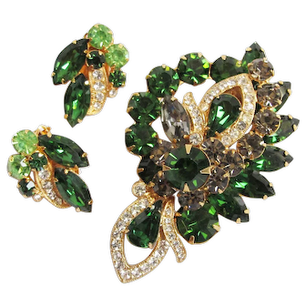 Stunning EISENBERG ICE Green, Gray & Clear Rhinestone Pin & Earrings Set