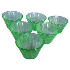 Vintage Anchor Hocking Uranium Glass Small Cups