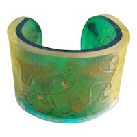 Fab Vintage Lucite Encased Green Lucite Cuff