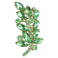 Lovely Vintage Green Rhinestone Leaf Shape Pin