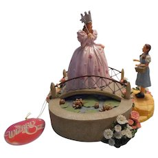Wizard of Oz Glenda and Dorothy Musical Figurine