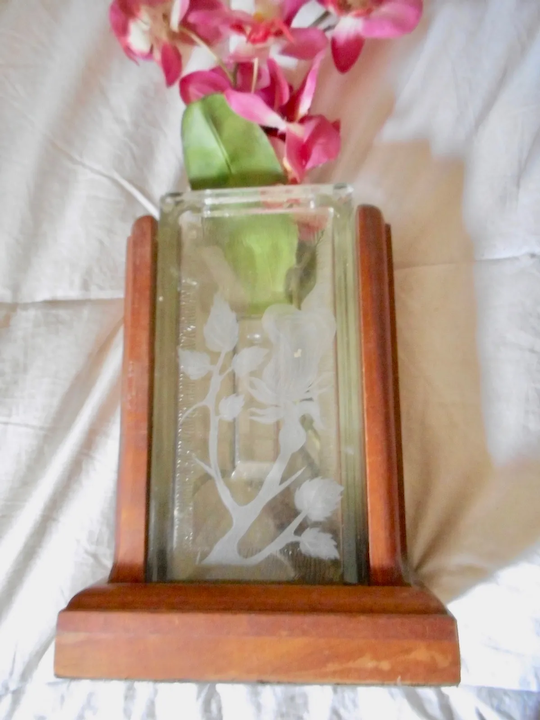 Koa Wood Vintage Vase In Etched Glass A Shadow Of The Past Ruby Lane