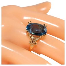 10K London Blue Topaz Ring, Large Gemstone, Size 8