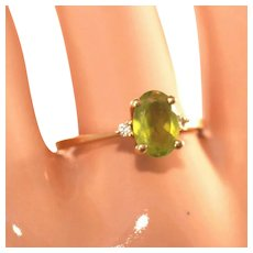 10k Gold & Peridot Vintage Ring Size 8, High Setting